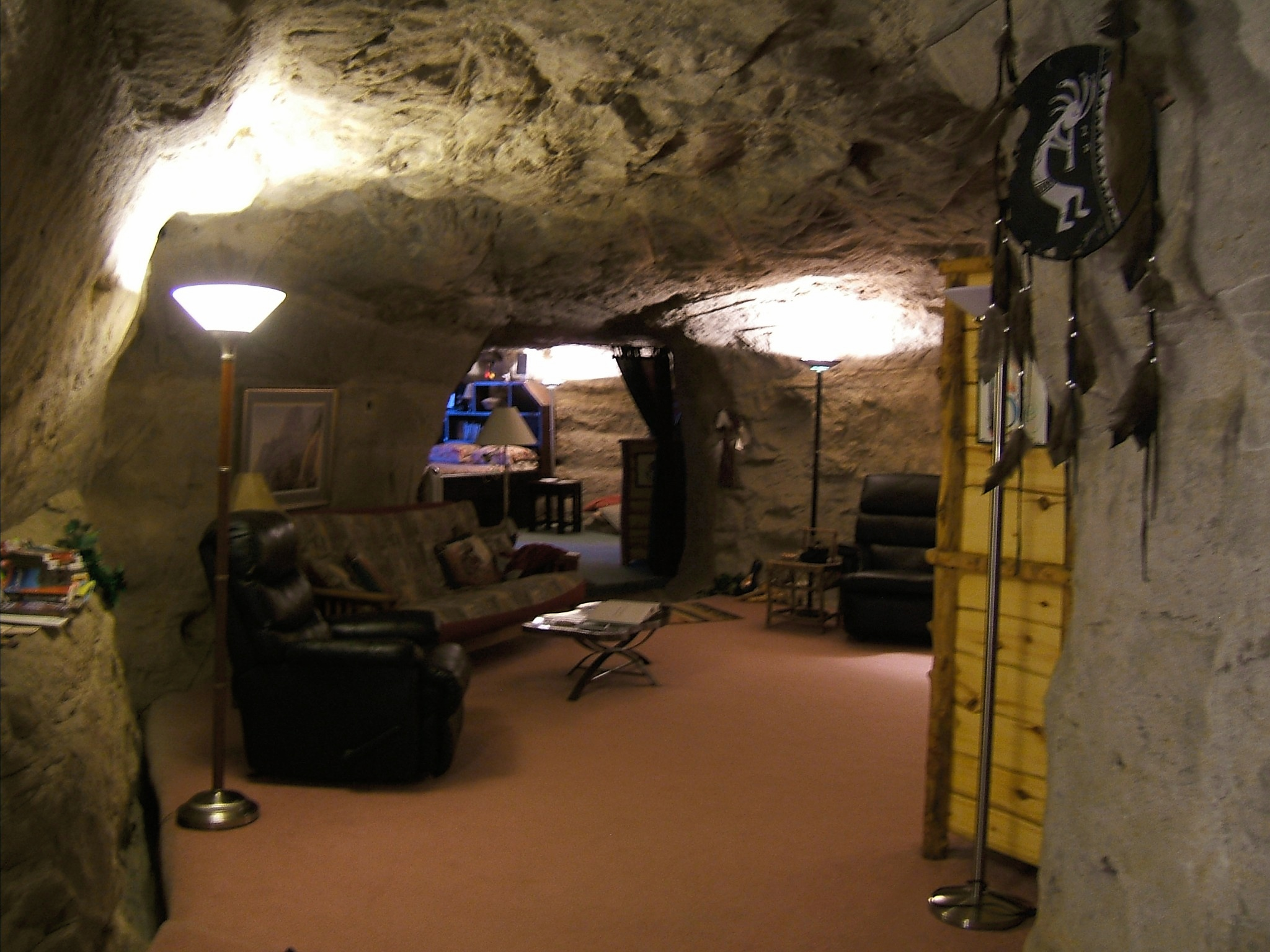 New Mexico S Modern Cliff Dwelling Kokopelli S Cave Bed And Breakfast Sunny Sky